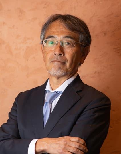 飯塚 圭介
